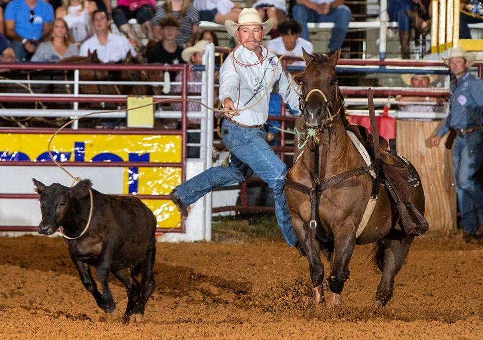 Foto de André Silva no rodeio de Denton no Texas pela PRCA